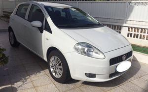Fiat Grande Punto Grande punto Março/10 - à venda -
