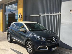 Renault Captur 1.5 DCi Exclusive 110Cv Dezembro/15 - à