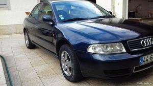 Audi A4 a4 tdi Novembro/95 - à venda - Ligeiros