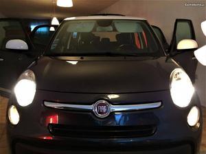 Fiat 500L 7L LIVING-XLKM Agosto/14 - à venda -