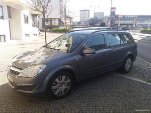 Opel Astra Astra Caravan Março/07 - à venda - Ligeiros