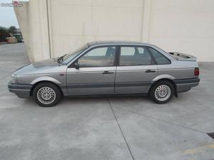 VW Passat CL 1.6 TD Abril/92 - à venda - Ligeiros