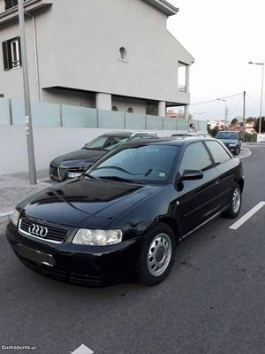 Audi A3 1.6 Maio/97 - à venda - Ligeiros Passageiros, Porto