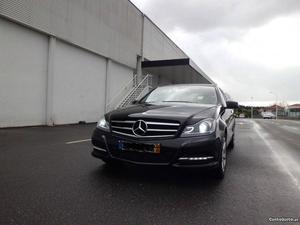 Mercedes-Benz C 200 c 200 cdi Outubro/11 - à venda -