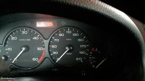 Peugeot 206 cc Agosto/01 - à venda - Descapotável /