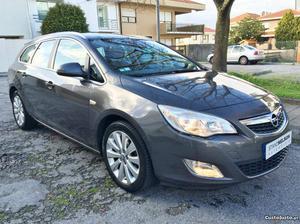 Opel Astra Sports Tourer 1.3 Julho/11 - à venda - Ligeiros