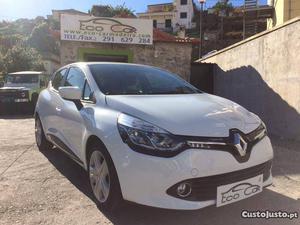 Renault Clio 1.5 DCI Confort Outubro/15 - à venda -