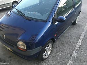 Renault Twingo twingo Abril/97 - à venda - Ligeiros