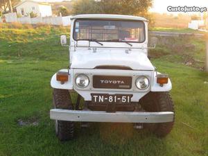 Toyota Land Cruiser Land Cruiser Dezembro/82 - à venda -