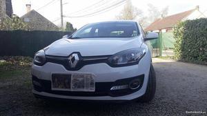 Renault Mégane dynamique Março/15 - à venda - Ligeiros