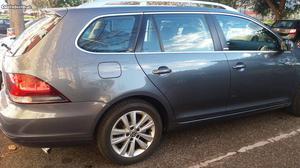 VW Golf Confortline TDI 1.6 Março/12 - à venda - Ligeiros
