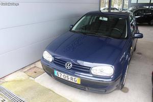 VW Golf GOLF 4 1.9 TDI Janeiro/00 - à venda - Ligeiros