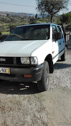 Isuzu PickUp Campo Julho/91 - à venda - Pick-up/