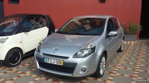 Renault Clio III V Dynamic Fevereiro/11 - à venda -