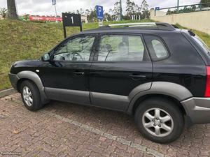 Hyundai Tucson cc diesel Maio/05 - à venda - Monovolume