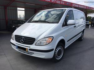 Mercedes-Benz Vito 109 cdi Setembro/10 - à venda -