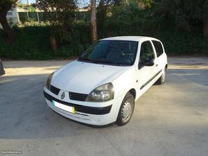 Renault Clio 1.5dci Avariado Fevereiro/01 - à venda -
