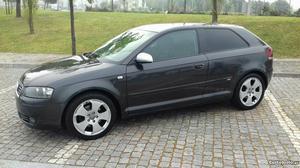 Audi A3 Tdi Sport Dezembro/03 - à venda - Ligeiros