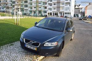Volvo V D DRIVE Novembro/10 - à venda - Ligeiros