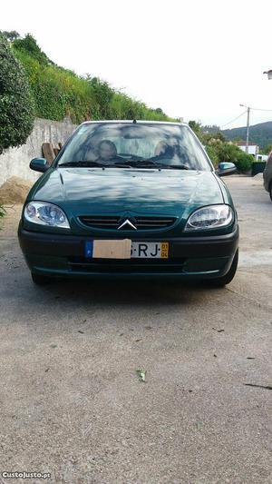 Citroën Saxo saxo 1.1 Abril/01 - à venda - Ligeiros