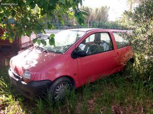 Renault Twingo Twingo Abril/96 - à venda - Ligeiros