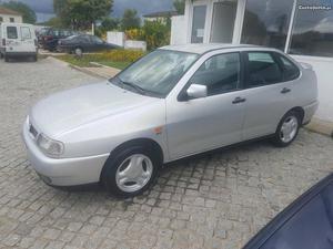 Seat Cordoba GT  V Novembro/98 - à venda - Ligeiros