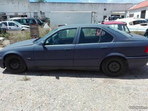 BMW 318 tds Outubro/95 - à venda - Ligeiros Passageiros,