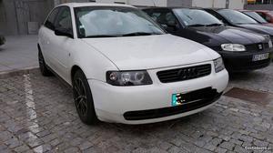 Audi A3 8l Maio/99 - à venda - Ligeiros Passageiros, Porto