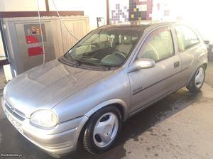 Opel Corsa si 82cv Outubro/93 - à venda - Ligeiros