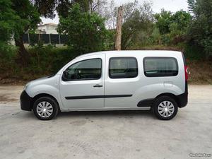 Renault Kangoo 1.5 dci Maxi 5 lug Abril/11 - à venda -