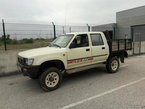 Toyota Hilux Hilux Novembro/91 - à venda - Comerciais /