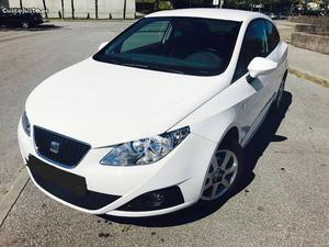 Seat Ibiza ecomotive Agosto/12 - à venda - Ligeiros