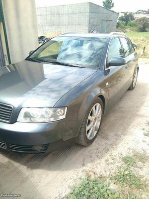 Audi A4 Avant Outubro/01 - à venda - Ligeiros Passageiros,