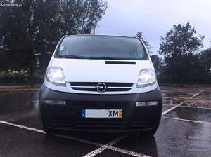 Opel Vivaro Opel Vivaro 1.9 CDTI Maio/04 - à venda -