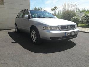 Audi A4 a4 Outubro/97 - à venda - Ligeiros Passageiros,