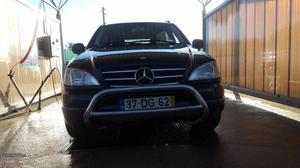 Mercedes-Benz ML 270 Cdi Agosto/00 - à venda - Pick-up/