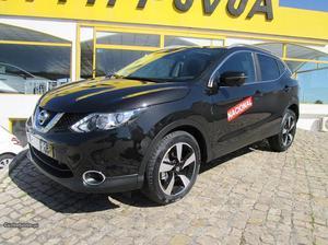 Nissan Qashqai N CONNECT 360 Março/17 - à venda -