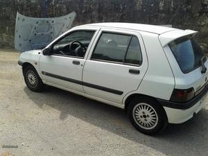 Renault Clio 1.2 chipie monoponto Junho/97 - à venda -