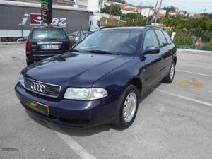 Audi A4 1.9 TDI 110 CV Julho/98 - à venda - Ligeiros