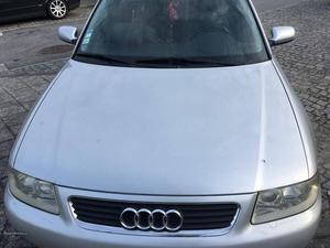 Audi A3 A3 1.6 gasolina Janeiro/02 - à venda - Ligeiros