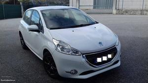 Peugeot 208 HDI Março/13 - à venda - Ligeiros Passageiros,