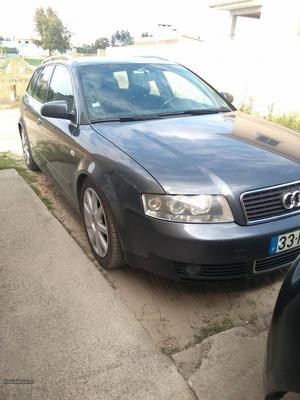 Audi A4 Avant Setembro/01 - à venda - Ligeiros Passageiros,