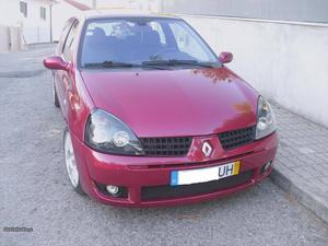 Renault Clio v 110cv Novembro/02 - à venda - Ligeiros