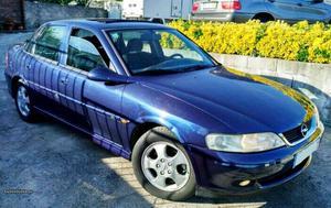 Opel Vectra cv Centenario Janeiro/00 - à venda -