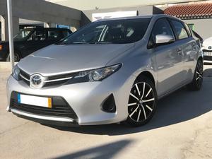 Toyota Auris 1.4 D-4D Exclusive (90cv) (5p)