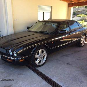 Jaguar XJR supercharged V8 Setembro/97 - à venda - Ligeiros
