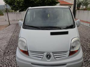 Renault Trafic 6 Lugares Mista Abril/07 - à venda -