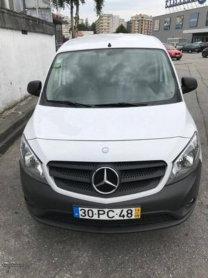 Mercedes-Benz Citan 109 CDI Longa Setembro/14 - à venda -