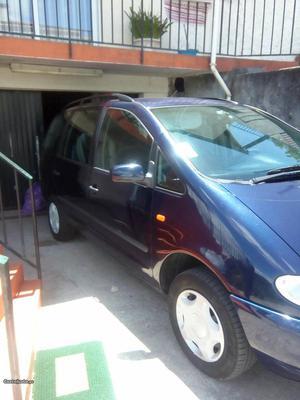 Seat Alhambra 90 cv Abril/99 - à venda - Monovolume / SUV,