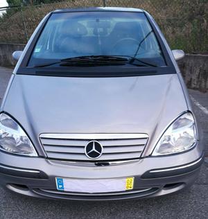 Mercedes-Benz A 170 CDI Março/02 - à venda - Ligeiros